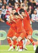 国足3比0大胜菲律宾 核武双响 三球酬宾
